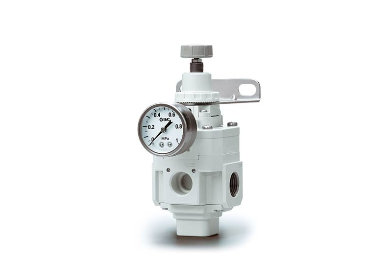 P?esny regulátor tlaku