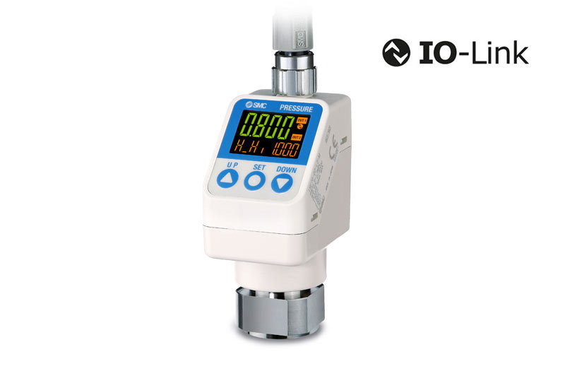 High-precision digital pressure switch with IO-Link