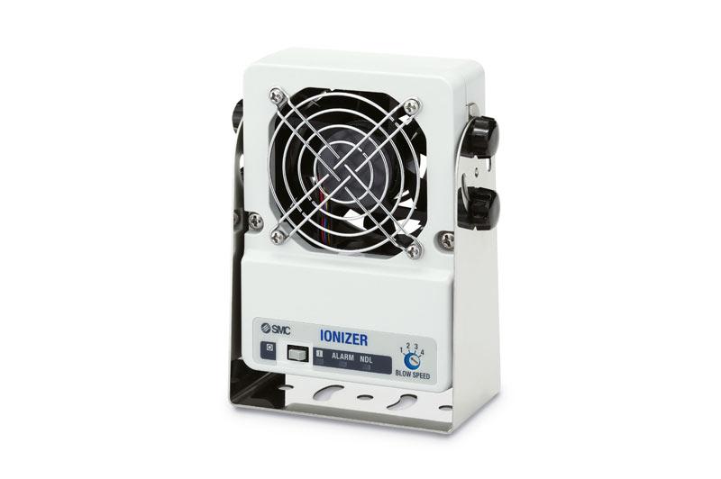 Нейтрализатор статического электричества вентиляторного типа