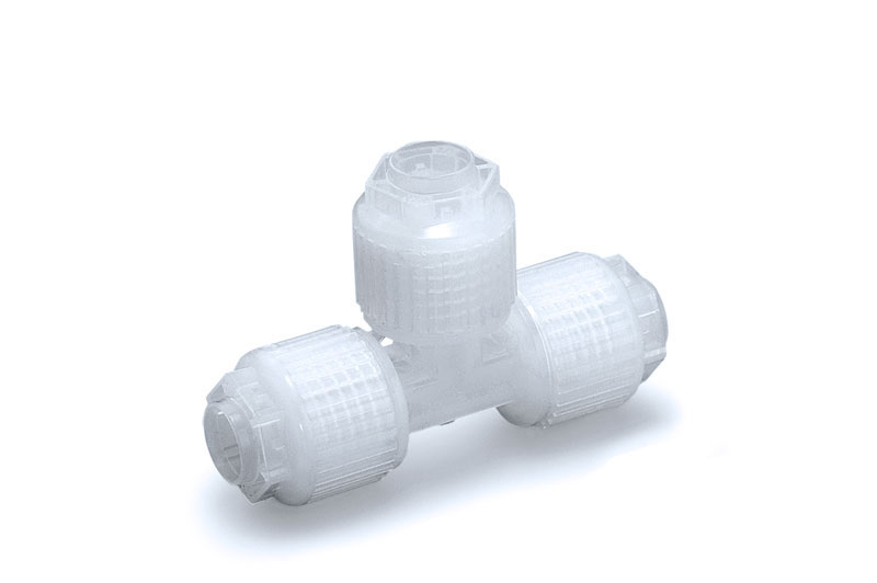 High purity fluoropolymer fitting