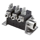 PF3WS, Digital Flow Switch Manifold for Water, IO-Link, Supply Type